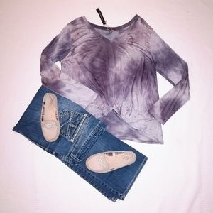 NWT 🏷️ Moral Fiber Knotted Tie Dye Long Sleeve